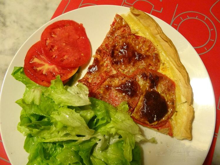 tarte thon tomates 1.JPG