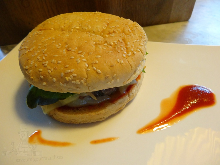 Trio burger.JPG