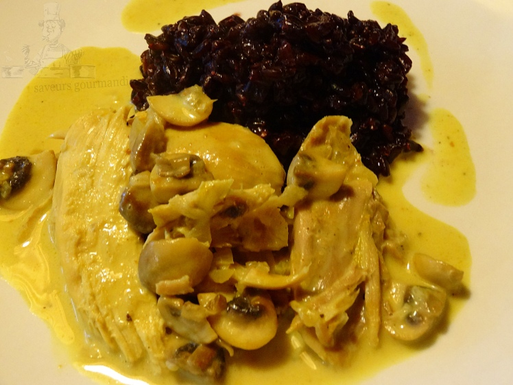 Poulet au curry, riz venere 1.JPG
