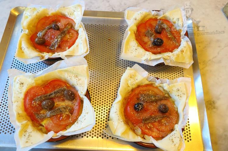 Feuilletés oignons-tomates .JPG