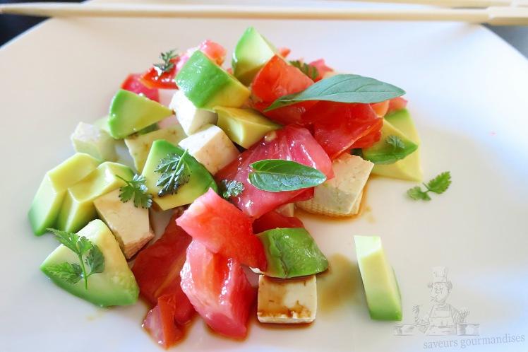 salade avocat, tomate, tofu 1 .JPG