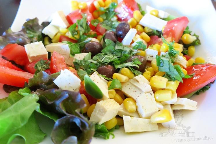 salade mais, tomate, tofu 1  .JPG
