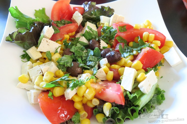 salade mais, tomate, tofu 2.JPG