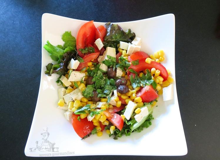 salade mais, tomate, tofu .JPG