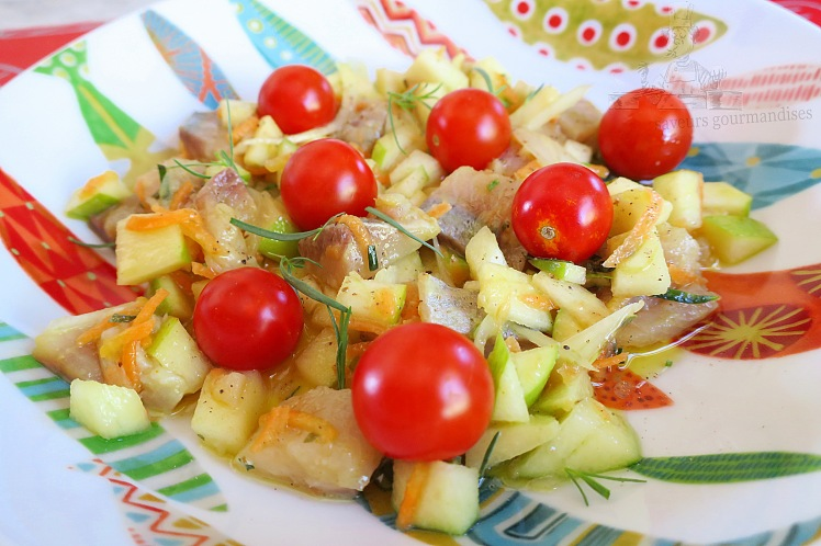 Harengs marinés au pomme, estragon et carottes râpées 1