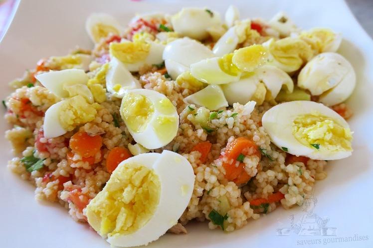 Salade de semoule au carotte, tomate, concombre et œufs de caille 1.JPG