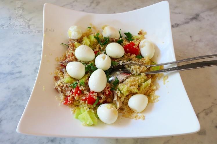 Salade de semoule au tomate, concombre et œufs de caille