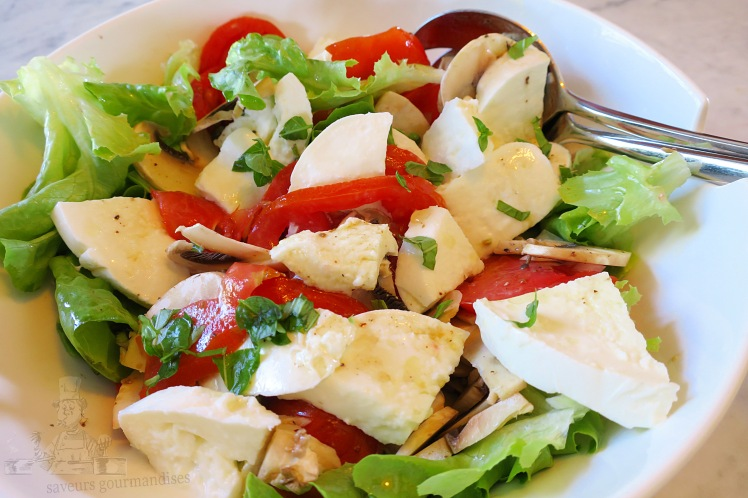 Salade tomate, champignon, mozzarella 1