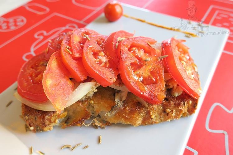 Tartine sardine, tomate, oignon 1