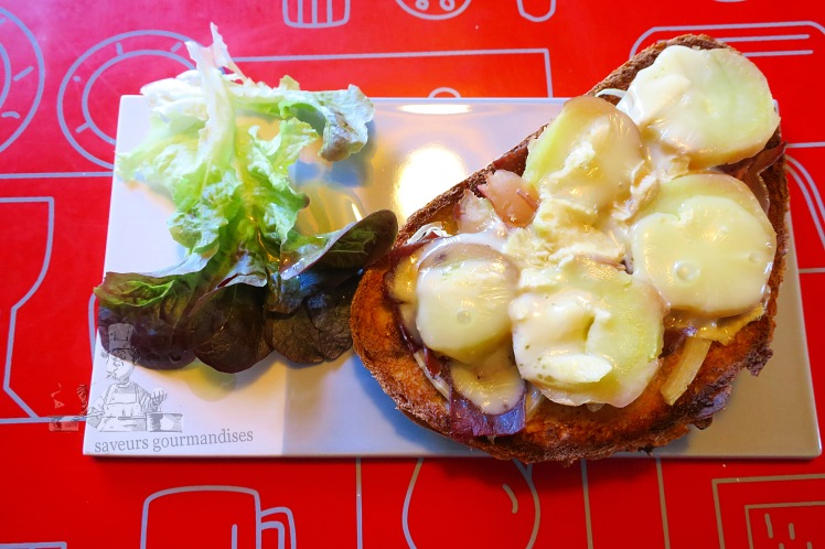 tartine munster, viande de grison, pomme de terre