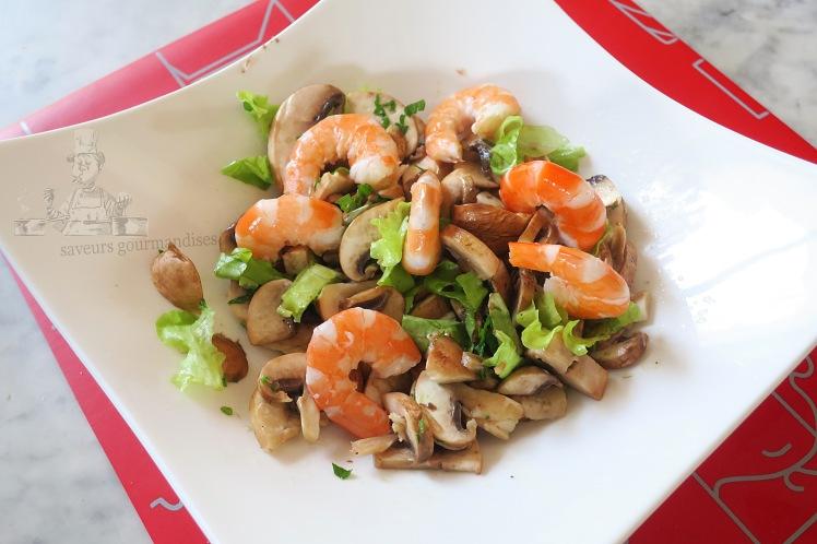Salade aux champignons de paris et crevettes
