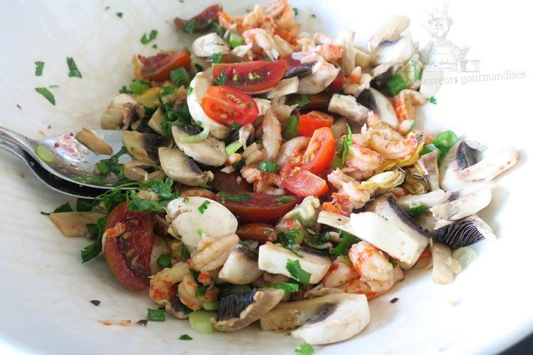 Salade aux champignons, écrevisses et tomates 1