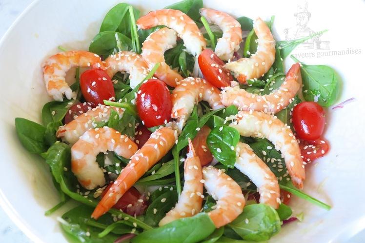 Salade de pousse d_épinard aux crevettes, fenouil, et tomate 2