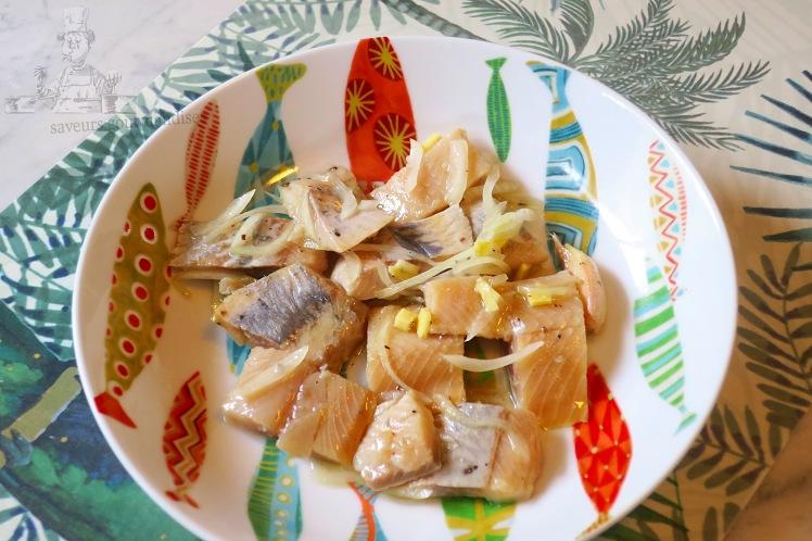 Hareng mariné au gingembre, oignon et poivre de Sichuan